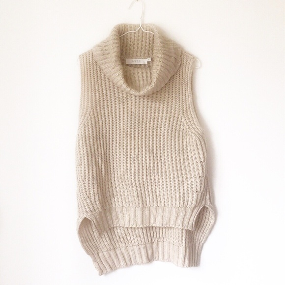 Anthropologie Sweaters - Anthropologie ASTR Wool Blend Turtleneck Sweater